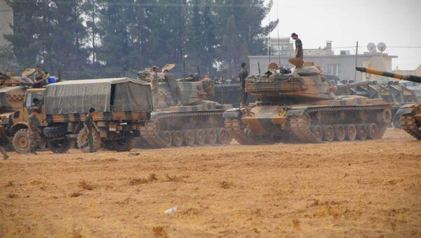 CNN Türk Ankara temsilcisi Hande Fırat ise 200 mekanize birlik, 150 özel kuvvet askeri, toplam 350 civarında TSK mensubu şu anda bölgede operasyona devam ediyor. An itibariyle 17 uçak görev yapıyor bilgisini geçti. - Sputnik Türkiye
