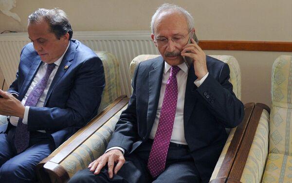 Kılıçdaroğlu, saldırının ardından Cumhurbaşkanı Recep Tayyip Erdoğan ve hükümet yetkilileriyle görüştü. - Sputnik Türkiye