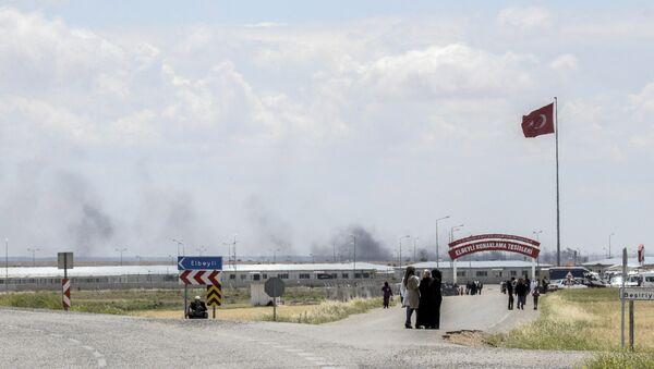 Turkish-Syrian border region near Kilis on May 7, 2016 - Sputnik Türkiye