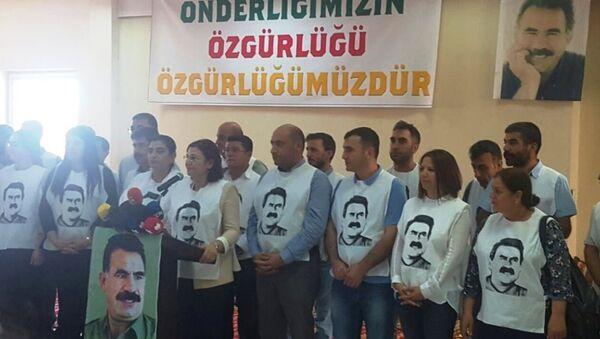 Öcalan'la görüşmek için açlık grevine başlayan Kürt siyasetçiler - Sputnik Türkiye