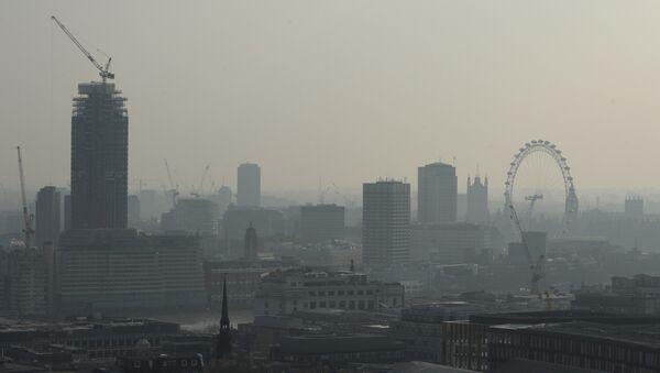 İngiltere'de hava kirliliği - Sputnik Türkiye