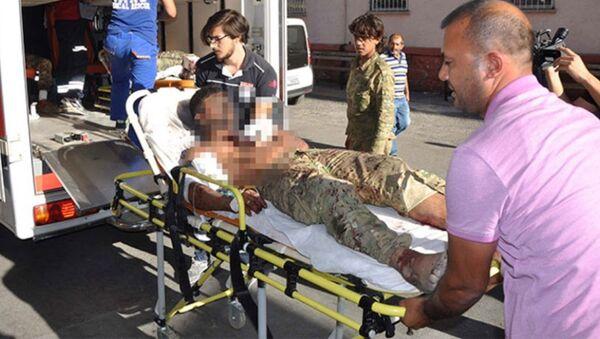 Suriye'nin Cerablus kentinde TSK'nın Fırat Kalkanı operasyonuyla desteklenen Özgür Suriye Ordusu (ÖSO) güçlerine, IŞİD'liler bomba yüklü araçla saldırı düzenlendi. - Sputnik Türkiye