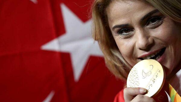 Nazmiye Muratlı - Sputnik Türkiye