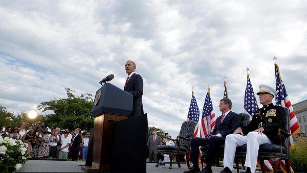 ABD Başkanı Barack Obama, Pentagon'daki 11 Eylül törenlerinde. - Sputnik Türkiye