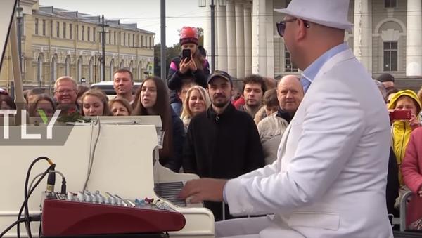 Rus piyanistten 24 saat kesintisiz konser - Sputnik Türkiye