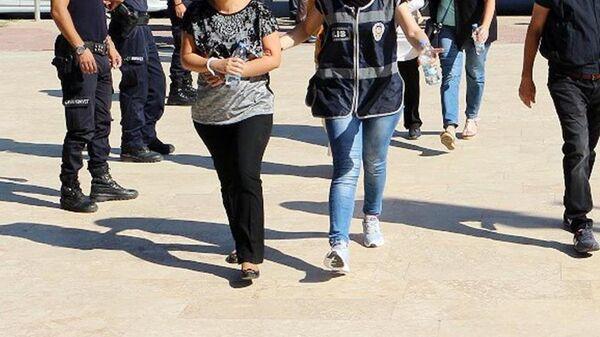 Gözaltı - tutuklama - kadın - Sputnik Türkiye