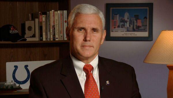 ABD başkan yardımcısı adayı, Indiana Valisi Cumhuriyetçi Mike Pence - Sputnik Türkiye