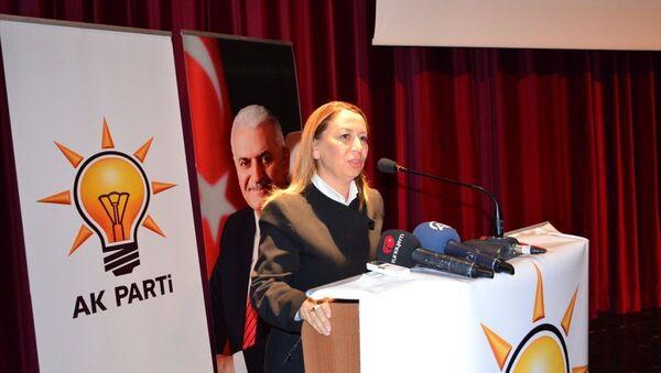 AK Parti Genel Başkan Yardımcısı Öznur Çalık - Sputnik Türkiye