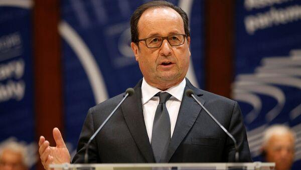 Fransa Cumhurbaşkanı François Hollande - Sputnik Türkiye
