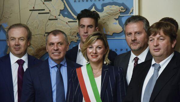 Kırım'daki İtalyan parlamenter ve işadamları - Sputnik Türkiye