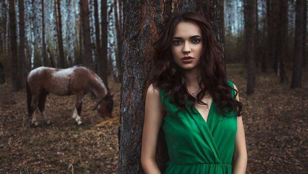 2016 Dünya Yüz Güzeli, Rus yarışmacı Alena Raeva - Sputnik Türkiye