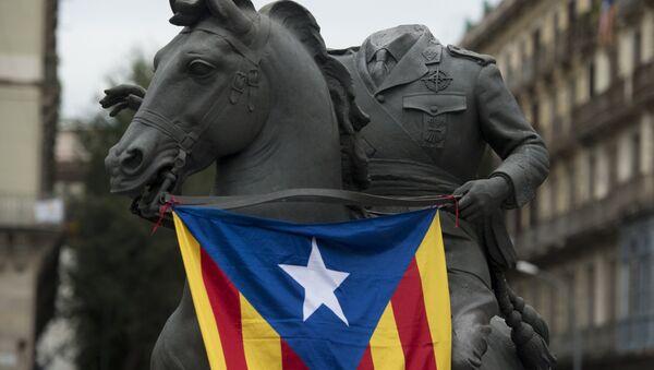 'Başsız Franco' heykeli - Sputnik Türkiye