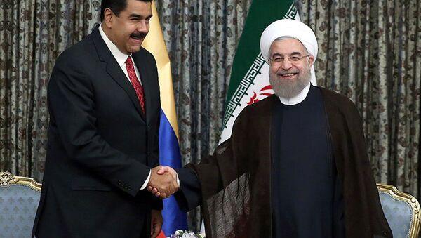 Venezüela Devlet Başkanı Nicolas Maduro- İran Cumhurbaşkanı Hasan Ruhani - Sputnik Türkiye