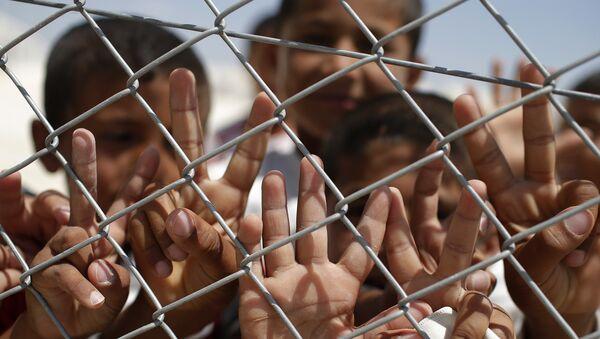 Türkiye'de sığınmacı çocuk işçiler - Sputnik Türkiye