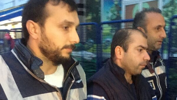 Abdullah Çakıroğlu gözaltına alındı. - Sputnik Türkiye