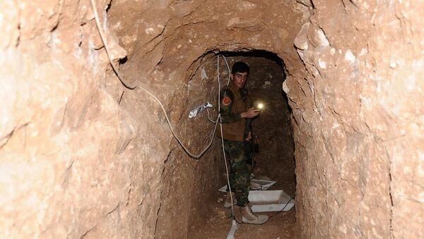 IŞİD tüneli (Arşiv) - Sputnik Türkiye