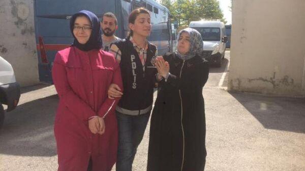 Adil Öksüz'ün baldızları ve kayınbiraderinin eşi gözaltına alınd - Sputnik Türkiye