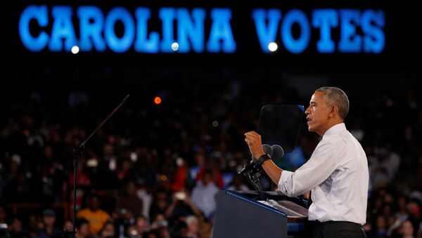 Obama Clinton için Carolina'daki mitingde konuştu - Sputnik Türkiye