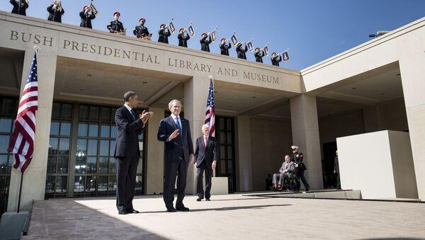 ABD Başkanı Barack Obama- Eski ABD başkanları Bill Clinton- George W. Bush - Sputnik Türkiye