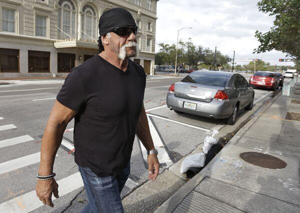 Eski güreşçi ve reality show yıldızı Hulk Hogan - Sputnik Türkiye