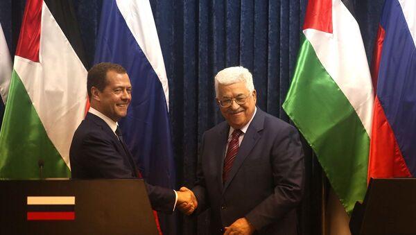 Filistin Devlet Başkanı Mahmud Abbas ve Rusya Başbakanı Dmitriy Medvedev - Sputnik Türkiye