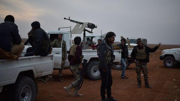 Özgür Suriye ordusu El Bab'a girmek üzere - Sputnik Türkiye