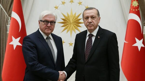 Cumhurbaşkanı Recep Tayyip Erdoğan, Cumhurbaşkanlığı Külliyesi'nde Almanya Dışişleri Bakanı Frank-Walter Steinmeier'i kabul etti. - Sputnik Türkiye