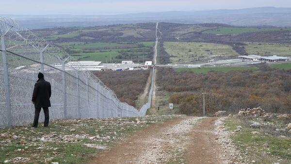 Bulgaristan-Türkiye sınırındaki tel örgü - Sputnik Türkiye