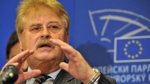 Avrupa Parlamentosu Dış İlişkiler Komisyonu Başkanı Elmar Brok - Sputnik Türkiye