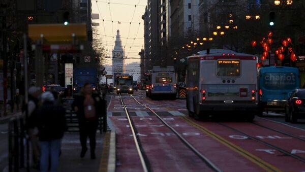 Kaliforniya eyaletindeki San Francisco kentinden bir sokak manzarası - Sputnik Türkiye