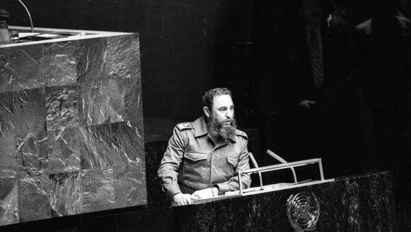 Fidel Castro, 1979'da Birleşmiş Milletler'e hitap ederken - Sputnik Türkiye