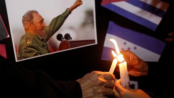 Küba Devrimi'nin lideri Fidel Castro - Sputnik Türkiye