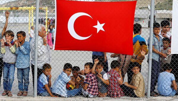 Gaziantep'teki Nizip sığınmacı kampı / Türkiye'deki çocuk sığınmacılar - Sputnik Türkiye