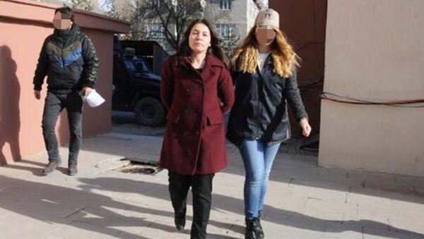 Yüksekova Belediye Başkanı Adile Kozay - Sputnik Türkiye