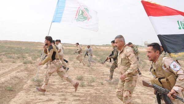 Irak ordusu ile birlikte savaşan Haşdi Şabi askerleri - Sputnik Türkiye