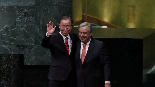 BM'nin 8. ve 9. genel sekreterleri Ban Ki-Mun ile Antonio Guterres - Sputnik Türkiye