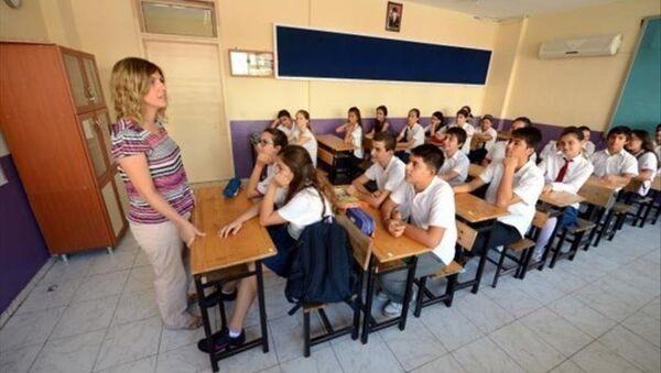 Okul-Öğrenci - Sputnik Türkiye