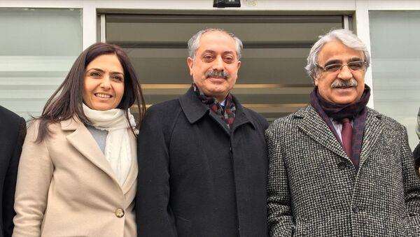 HDP Diyarbakır Milletvekili Erdoğmuş - Sputnik Türkiye