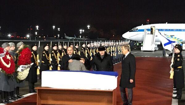 Büyükelçi Andrey Karlov'un naaşı Moskova'ya getirildi - Sputnik Türkiye