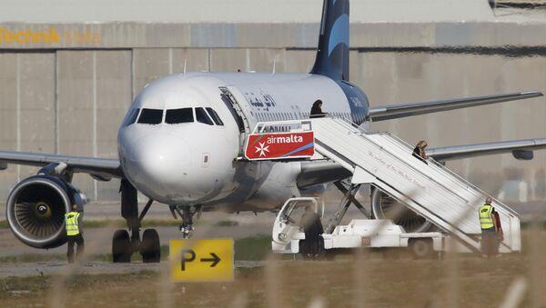 Kaçırılan Libya uçağı - Sputnik Türkiye
