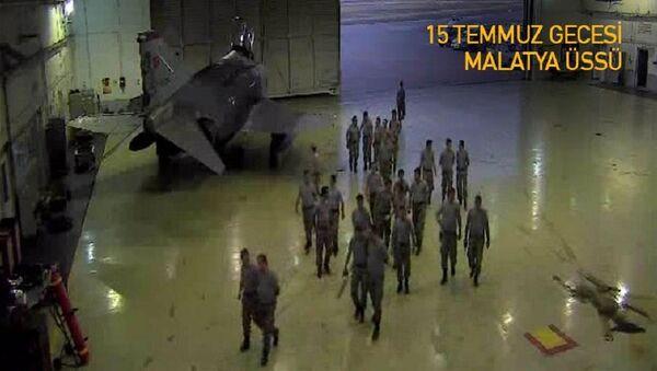 Darbe girişimi gecesinde Malatya'daki askeri üste yaşananlar - Sputnik Türkiye