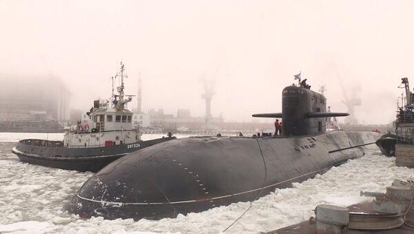 Rus nükleer denizaltı BS-64, 16 yıl aranın ardından yeniden suya iniyor - Sputnik Türkiye