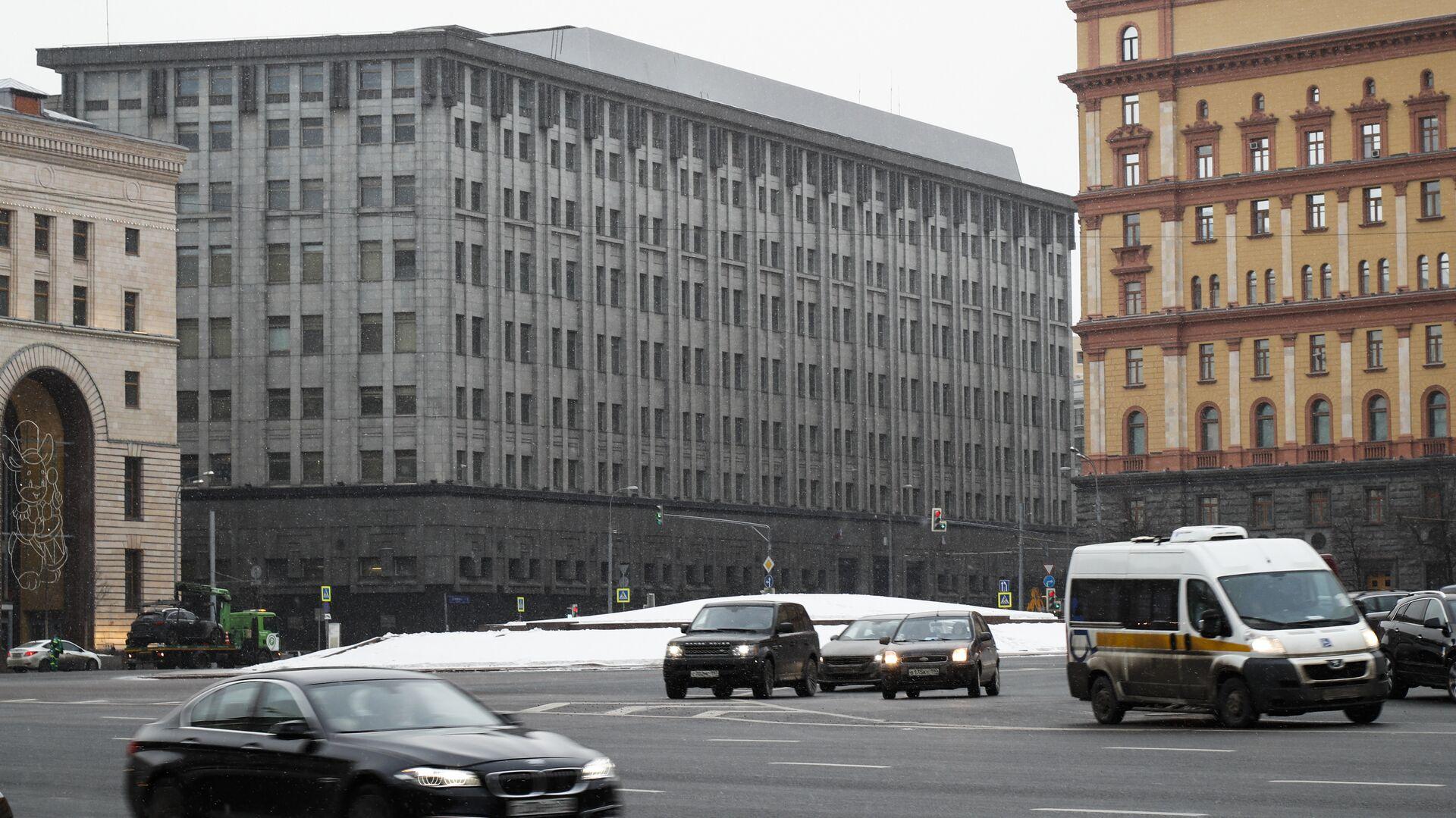 ABD'nin yaptırım paketine dahil ettiği Rusya Federal Güvenlik Servisi'nin (FSB) Moskova'daki merkezi - Sputnik Türkiye, 1920, 24.09.2021