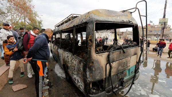 Bağdat'ın Sadr bölgesindeki intihar saldırında en az 32 kişi öldü - Sputnik Türkiye