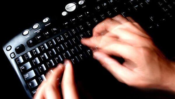 Klavye - internet - sosyal medya - bilgisayar - Sputnik Türkiye