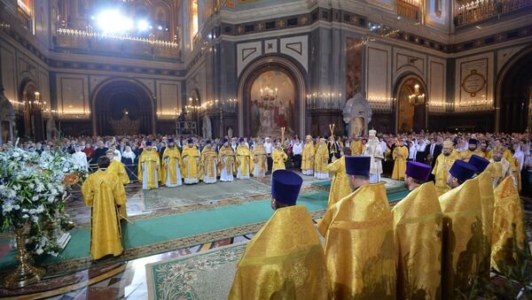 Patriarch Kirill of Moscow and All Russia during a solemn liturgy dedicated to the great feast of Nativity at the Cathedral of Christ the Savior in Moscow - Sputnik Türkiye
