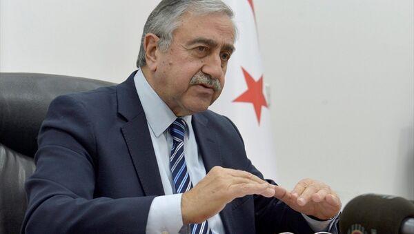 Kuzey Kıbrıs lideri Mustafa Akıncı - Sputnik Türkiye