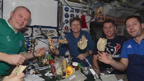 Rus kozmonot UUİ'de - Sputnik Türkiye