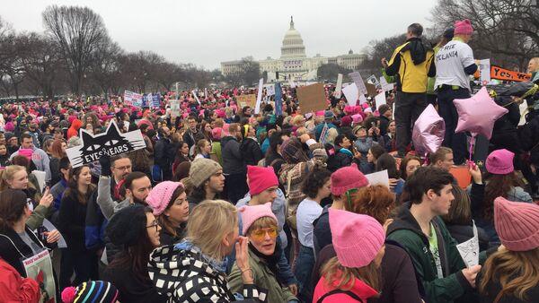 Trump karşıtı 'Kadınların Yürüyüşü' - Sputnik Türkiye