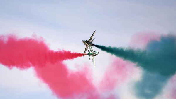 Riyad'da hava gösterisi - Sputnik Türkiye